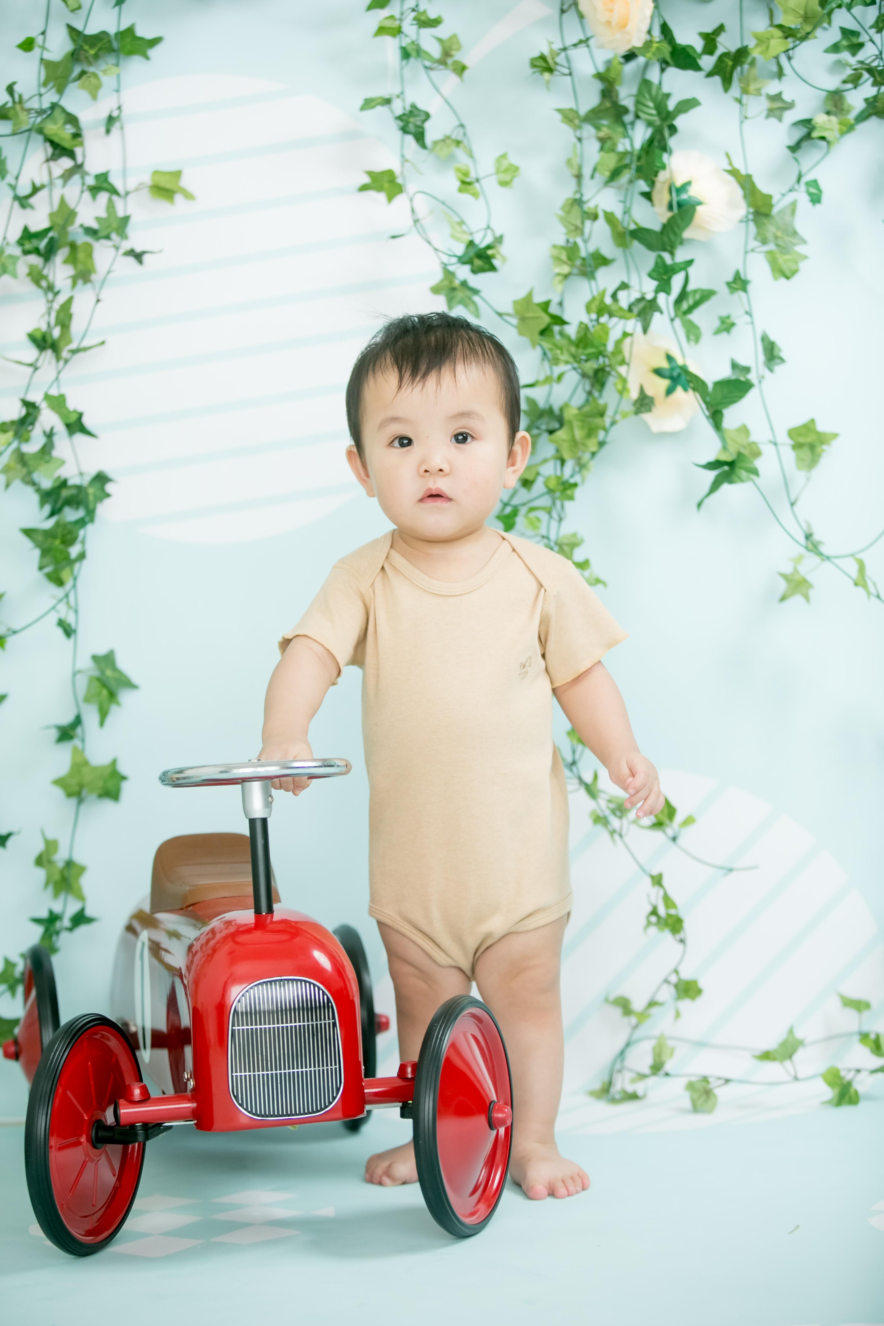 Baby Piper Organic Unisex Short Sleeve Onesie (111