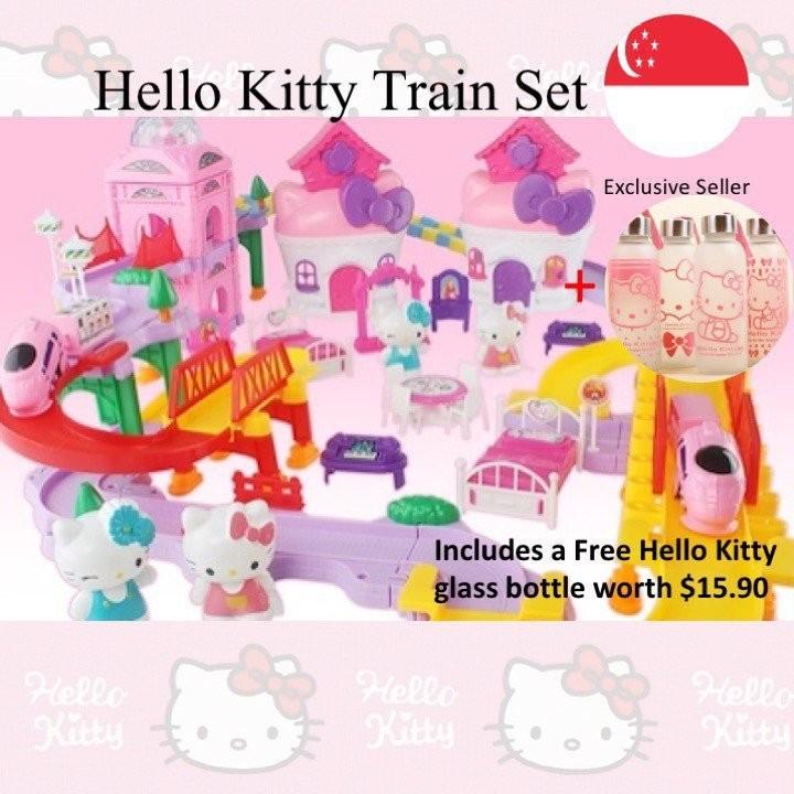 Hello Kitty Seasons Train set (35 pcs) + FREE Hell