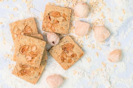 Rosewater Coconut Lychee Cookie (Best-selling & Or