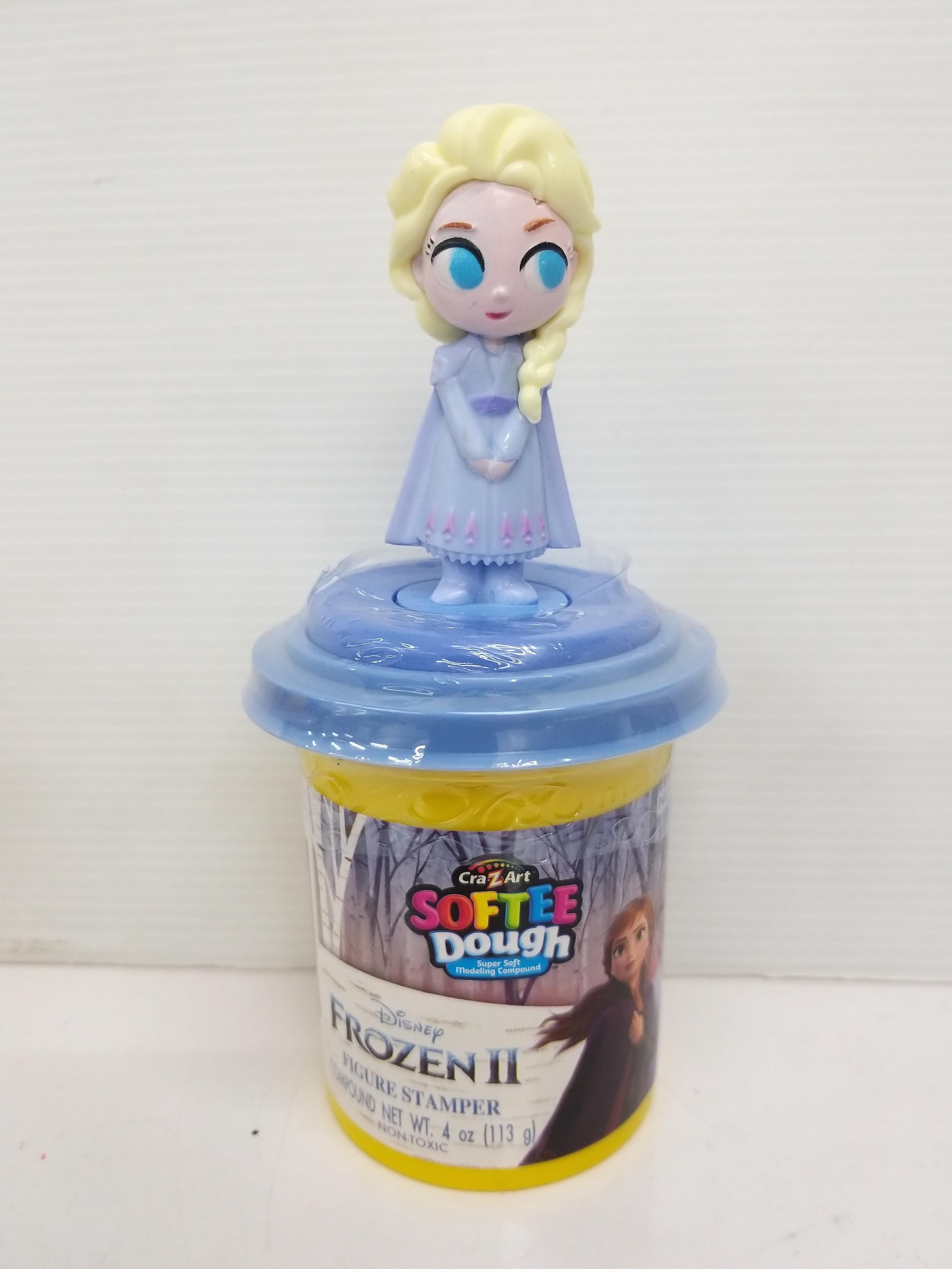 Disney Frozen II Softee Dough Figure Stamper Elsa