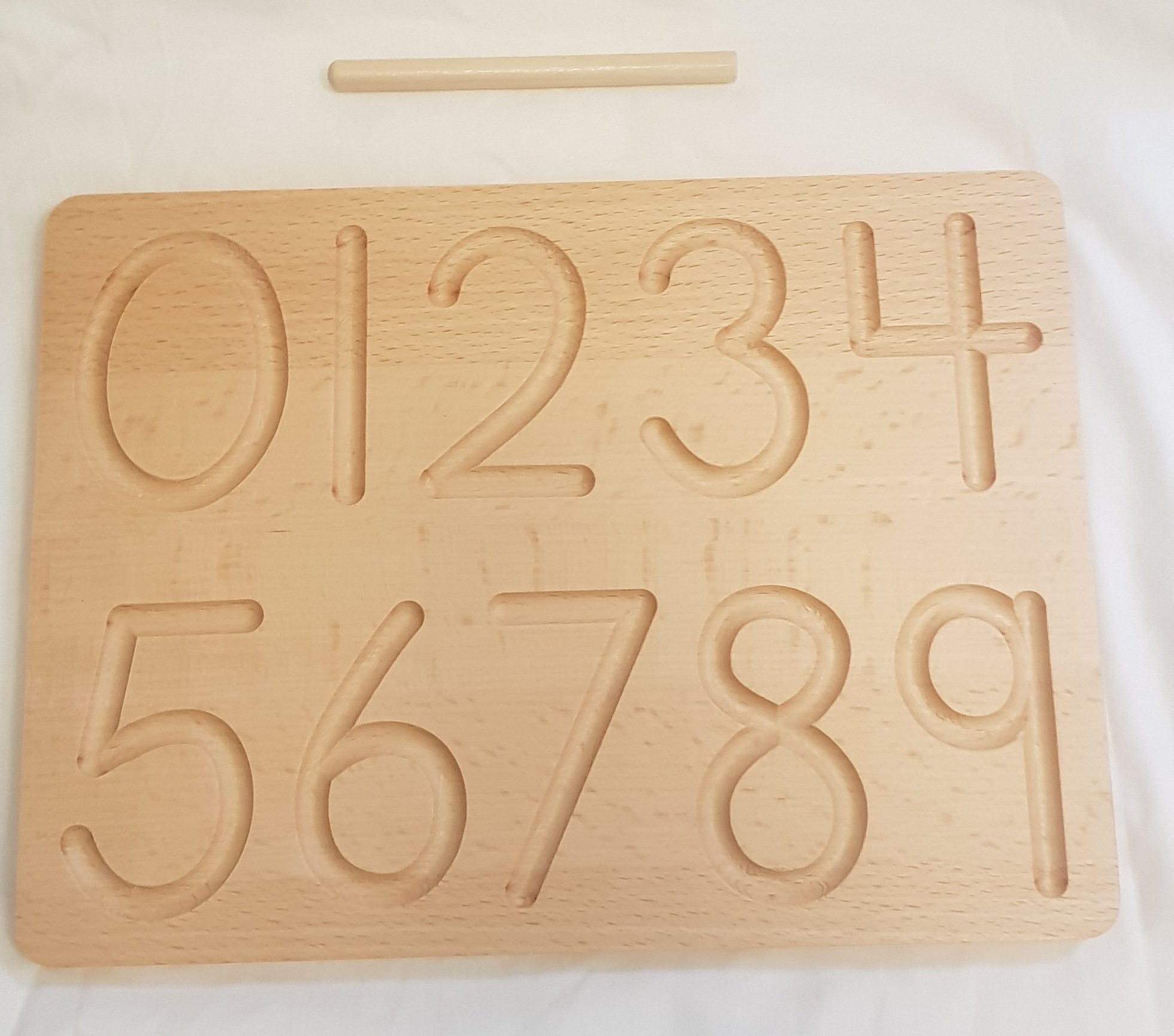 WOODEN NUMBERS - 0 - 9 TRACING BOARD