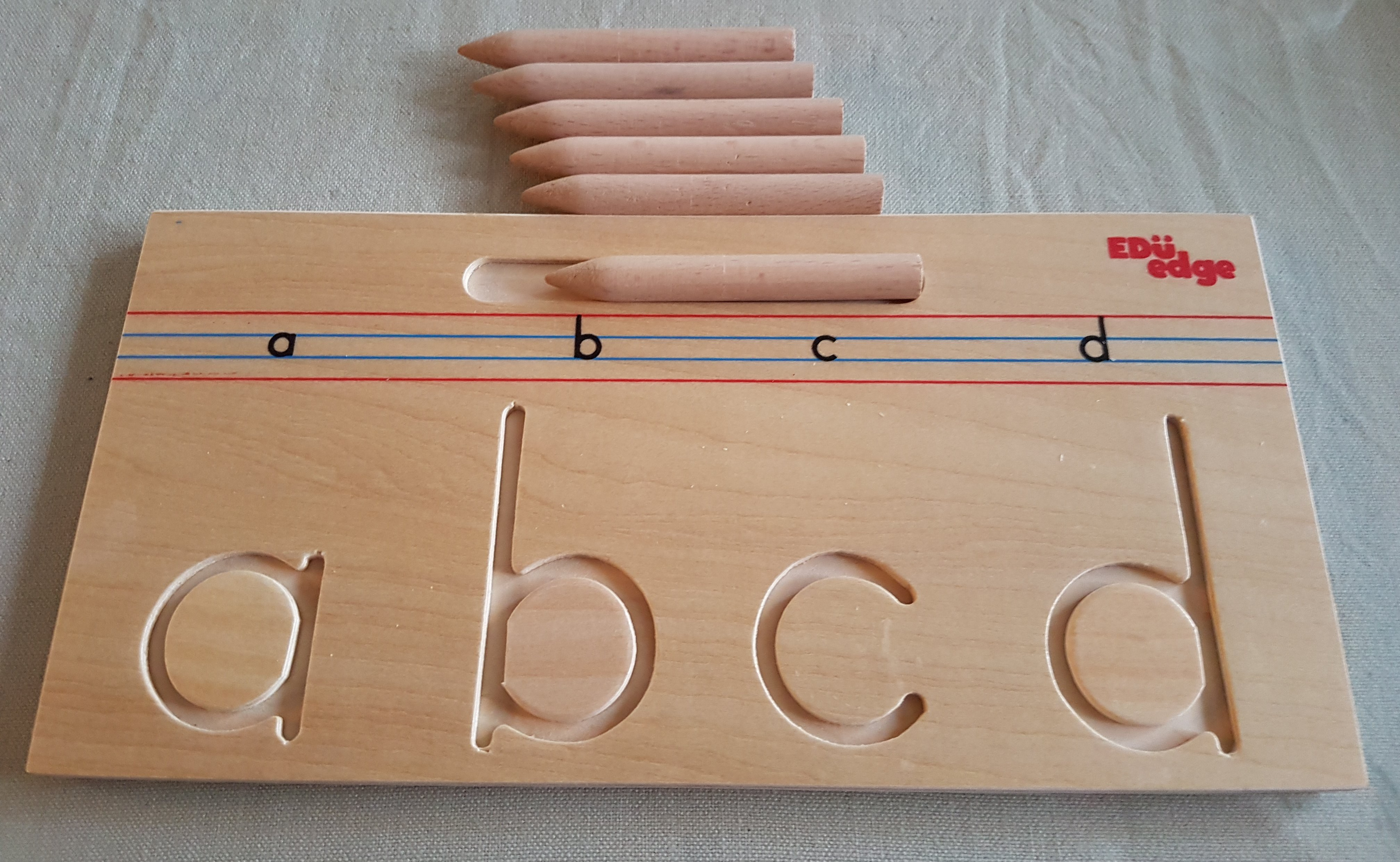 WOODEN ALPHABET TRACING - LOWERCASE A-Z TRACING BO
