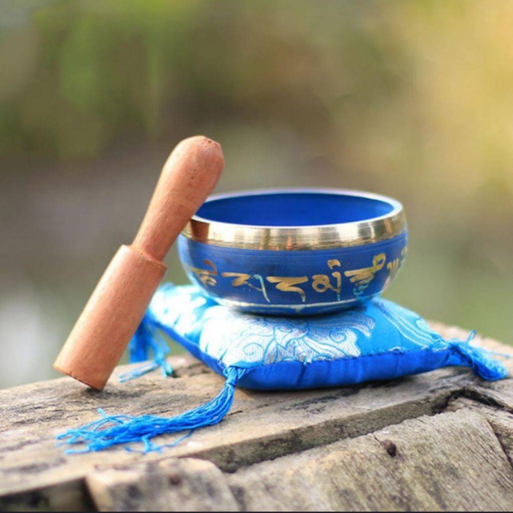 Tibetan Buddhist chakra meditation singing bowl